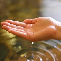 *【温泉】とろ~りとしたお湯に初めての方は驚かれます。