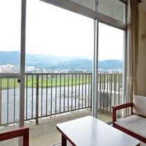 *【客室】お部屋からは雄大な筑後川が一望できます。