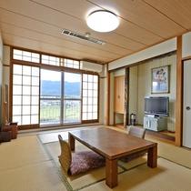 *【客室】和室10畳・・・筑後川沿いの落ち着いた和室