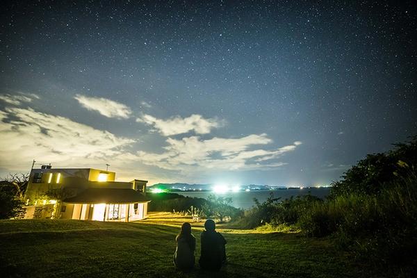 ハナステイの庭での星空