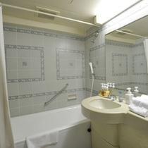 ファミリールームのバスルーム