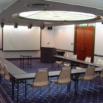 会議室(六甲西)コの字