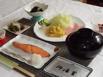 ご朝食の一例