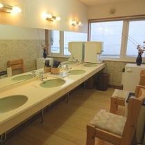 ■本館共同洗面所
