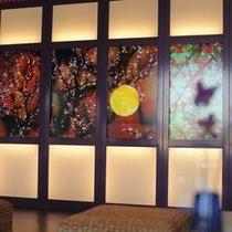 <ヒーリングアート> 光と音が織りなす幻想的な世界