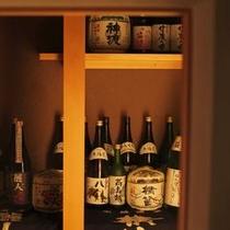 【料亭】料亭には、味噌蔵、酒蔵、漬物蔵が併設