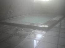 温泉(浴槽風景)