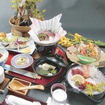 【夕食一例】旬の食材を盛り込んだお料理