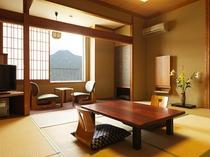 【和室10畳(バストイレ付)】2~4名利用の方にオススメ客室♪