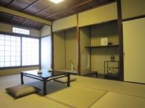 二階の7.5畳の部屋