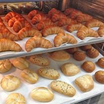 出来立て、焼き立てパン