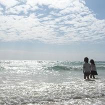 *【周辺】当館からビーチまで徒歩5分と好立地です。