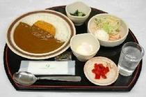 無料夕食 カレー定食