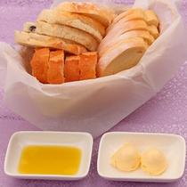 こだわり仕入れのパン3種 〜修善寺キュイジーヌ メニュー一例〜