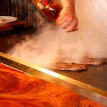 ステーキ(鉄板焼き)