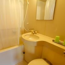 【J棟】お風呂はユニットバスになります