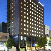 【ホテル 外観】夜