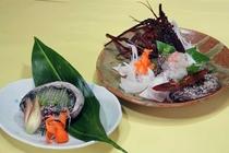 【ご夕食 一例】・・・豪華海鮮三昧プラン ≪伊勢海老、鮑のお造り≫
