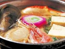 【夕食】名物「ペレケ鍋」は幅広い世代の方に好評♪