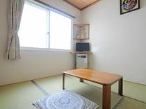 【和室4.5畳】こちらのお部屋は、お一人様専用での客室となります。