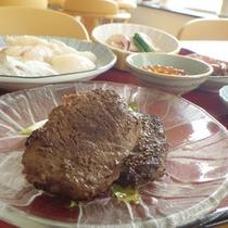 *【料理一例】野趣溢れる、鹿肉のお料理…この機会にいかがですか?