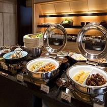 ご朝食は和風ビュッフェでお好きなものをお召し上がり下さいませ≪料理イメージ≫