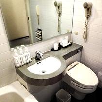 シングル・スタンダードツイン・ダブル ルームのユニットバス・トイレ