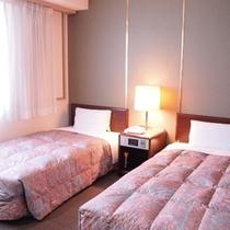 ★ツインスタンダードルーム★95cm幅のベッド、21平米の広さ