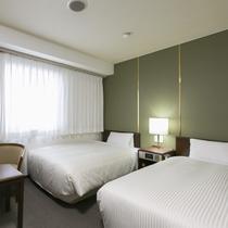 21平米のツインスタンダード 95cmのシングルベッドが2台