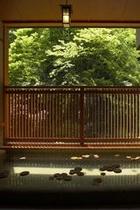 別邸 一花一葉 『露天風呂付特別室』 露天風呂(新緑)
