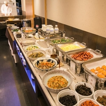 ご朝食も郷土食を中心に「和・洋」取り揃えております