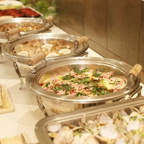 旬の食材をふんだんに使用した料理を心ゆくまでご堪能下さい