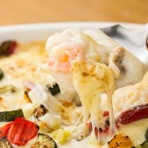 料理長から冬のおすすめ♪「海鮮グラタン」