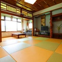 お部屋の一例。「琉球畳」のお部屋になる事もございます!