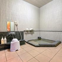 *貸切風呂(たたらの湯)/気兼ねなくご利用いただける貸切風呂。ゆっくりと出雲の湯をご堪能下さい。