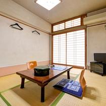 *和室6畳(客室一例)/一人旅やビジネスに◎純和風のお部屋で心安らぐひと時をお過ごし下さい。