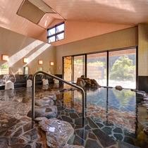 *大浴場(岩風呂)/肌にスーッと馴染むやわらかな天然温泉はお肌をすべすべにしてくれます。