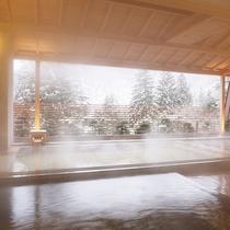 隣接するホテル花巻の「ひのき露天風呂」