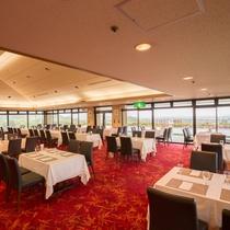 隣接するホテル千秋閣の洋食レストラン「プロスパー」