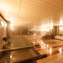 隣接するホテル花巻 大浴場