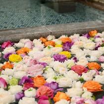 ホテル千秋閣 バラ風呂のコーナー 女子大浴場 14:00〜21:30