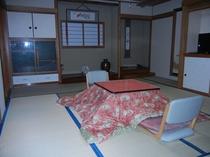 部屋(12畳)
