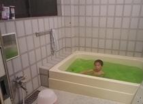 家族風呂♪ 足を伸ばしてゆっくりと…(^^♪