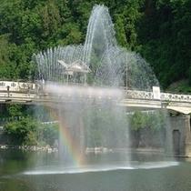 ゆーらぎ橋 噴水