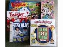 懐かしいボードゲームを貸し出ししています!♪ご家族、お友達で♪フロントまでお申し付けください。