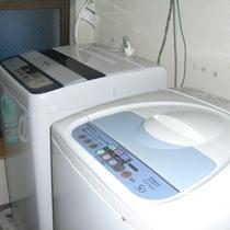洗濯機をご利用になりたい方は、ホテルフロントまてお申し付けください。