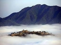 雲海に包まれた竹田城は一見の価値あり