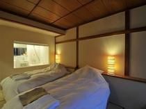 スーペリアスタジオの寝室の一例(イエロー)