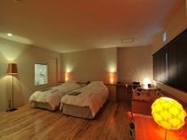 スーペリアスタジオの客室の一例(オレンジ)