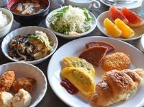 【朝食一例】朝食バイキング♪種類豊富で朝から大満足♪